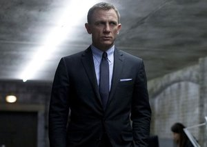 3 out of 4 James Bond fans DON'T want a female James Bond