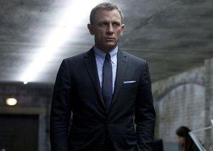 3 out of 4 James Bond fans DON'T want a female James Bond