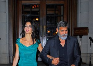 George Clooney's monochromatic look is a style lesson in keeping it simple