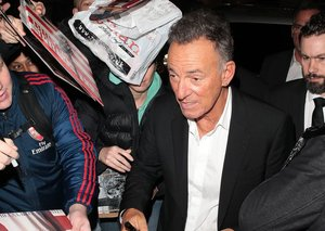 Bruce Springsteen to Donald Trump: 'put on a mask'