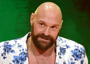 Conor McGregor is willing to train heavyweight legend Tyson Fury for MMA