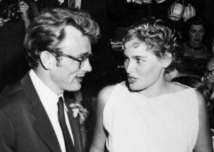 James Dean cast in new movie, 64-years after death