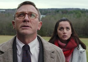 Review: Daniel Craig embraces comedy in 'Knives Out'