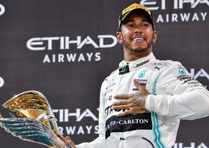 Lewis Hamilton ends the 2019 F1 season with Abu Dhabi win