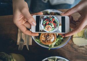 Next year's big smartphone trend? Cameras, cameras and more cameras