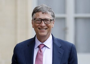 Bill Gates shares his favorite books in 2019
