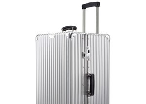 Rimowa launches the classic trunk