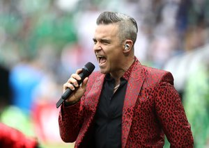 Robbie Williams will perform in Dubai on January 24