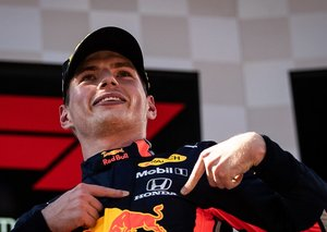 Max Verstappen is sticking with Red Bull until the 2023 F1 season