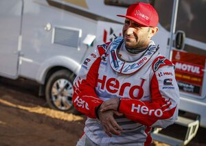 Portuguese motorcyclist Paulo Gonçalves killed after Dakar Rally crash in Saudi Arabia
