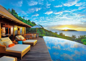 7 reasons why you must visit the Seychelles