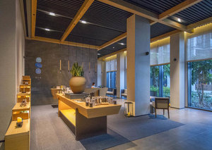 Wrap your face in 24-kt gold: Qua Spa at Caesars Palace Bluewaters Dubai