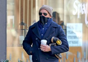 Bradley Cooper's latest style obsession is remarkably affordable (and easy to wear)