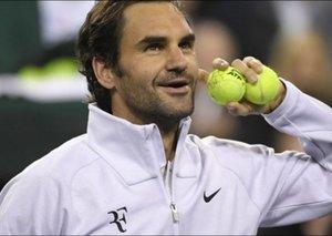 Roger Federer finally got his RF logo back from Nike