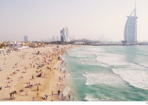 Dubai beachgoers fined for failing to follow social distancing rules
