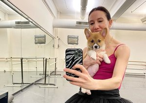 These ballet stars entertain millions via video conference and social media