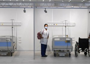 Dubai's World Trade Centre converted to a 3,000 bed field hospital for COVID-19 patients