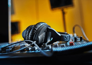 Sennheiser celebrates its 75th anniversary with special offers