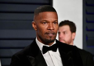 Jamie Foxx just revealed the workout he's doing to pack on muscle to play Mike Tyson