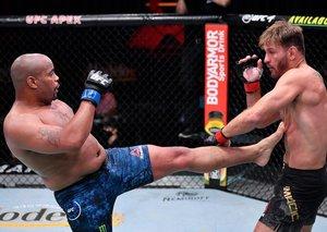 Stipe Miocic beats in Daniel Cormier in final UFC fight of the trilogy