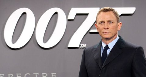 Daniel Craig to head new James Bond podcast with Cary Fukunaga