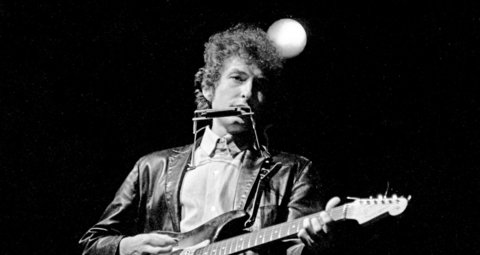 Bob Dylan unveils first single in eight years