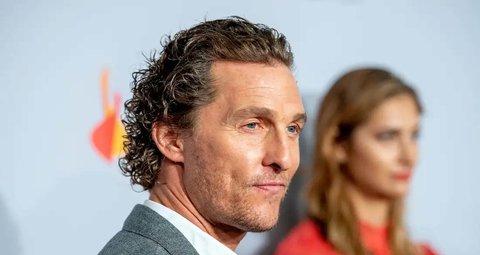 Matthew McConaughey plays virtual bingo with senior citizens during lockdown