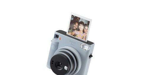 Fujifilm Instax Square SQ1 will take your Instagram game to new heights