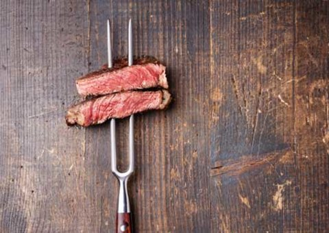 Why is steak so expensive in Dubai?