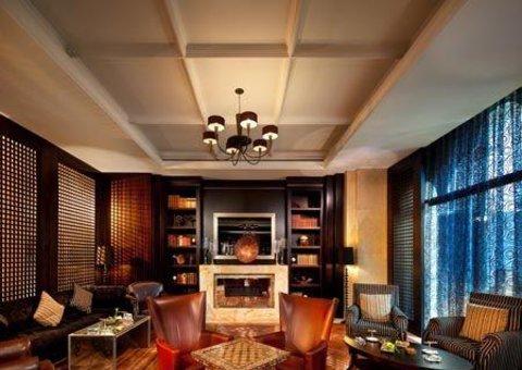 The gentleman's cigar lounge