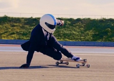 VIDEO: Longboarding at 100kmh in a suit