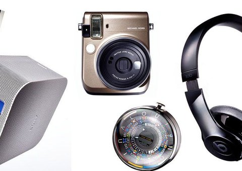 Gift Guide: For the Tech-tat collector