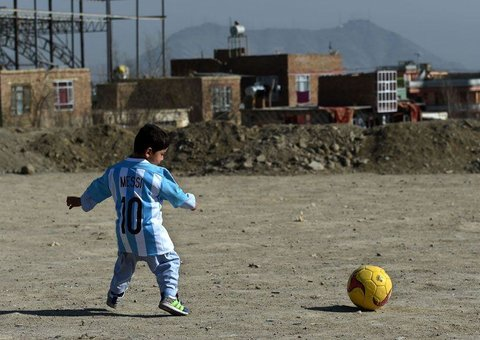 When Lionel Messi met that Afghan kid in Qatar