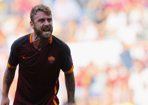 Daniele De Rossi wants to 'Take A Baseball Bat' to young footballers on Instagram