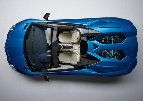 Introducing the Lamborghini Aventador S Roadster