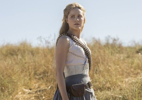 New Westworld Season 2 photos tease a chaotic revolution