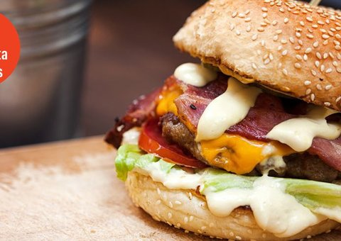 Why mayonnaise is better on burgers than ketchup
