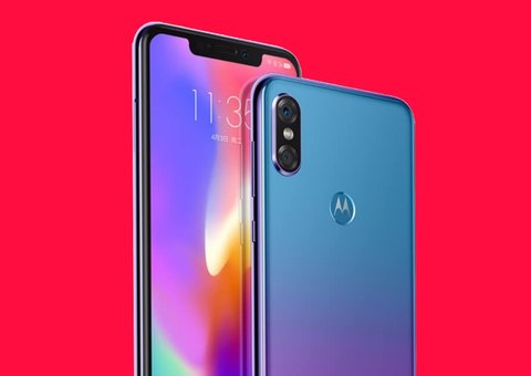 Motorola P30 dubbed an iPhone X 'rip off'