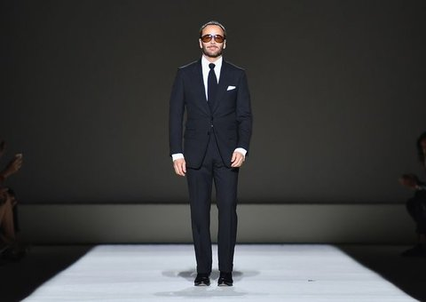 Everything you'll want/need from Tom Ford's SS19 show