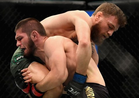 """Khabib Nurmagomedov says he'd """"go to jail"""" and would engage Conor McGregor in a street brawl"""