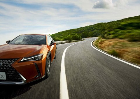 Lexus customers 'most loyal' of all luxury drivers