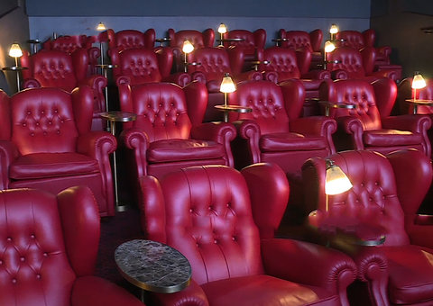 'Roxy Cinemas' is offering 40% off all its tickets