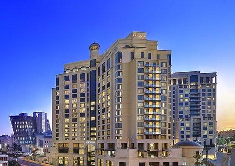 St. Regis has just opened a new 5-star hotel in Jordan