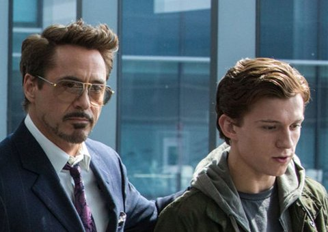 A New Spider-Man: Far From Home Theory Explains Marvel's Last Big Tony Stark Twist