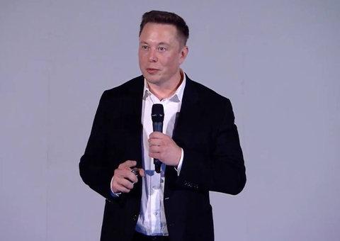 Elon Musk is going to start creating cyborgs... next year