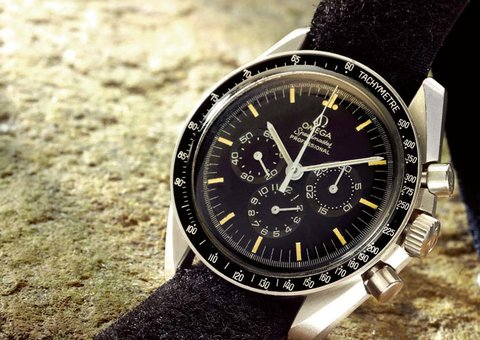 Sotheby's sold $1.2 million worth of watches during Omega's moon landing auction