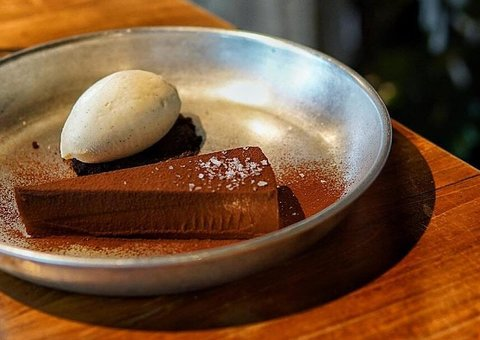 Dubai's 3 Fils restaurant takes it a step further
