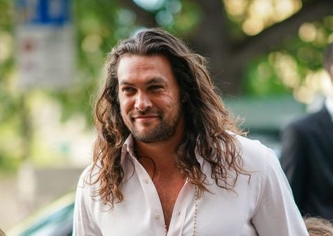 Jason Momoa doesn't care what you think of his dad bod