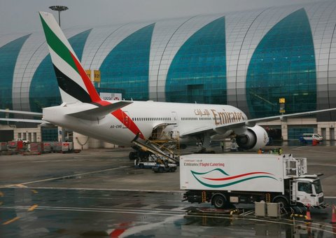 Choosing your in-flight meal on Emirates will now be easier
