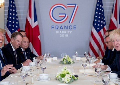 Donald Trump praises Boris Johnson as 'right man' for Brexit at G7